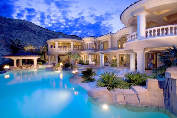 Luxury Home 001